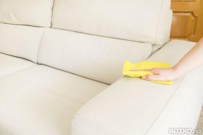Как удалить пятно на обивке дивана фото